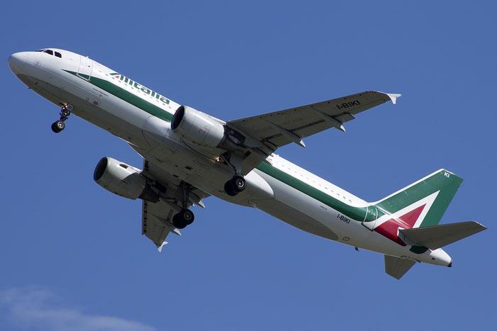 I-BIKI A320-214 1138 Alitalia @ Venezia Airport 20.07.2014 © Piti Spotter Club Verona