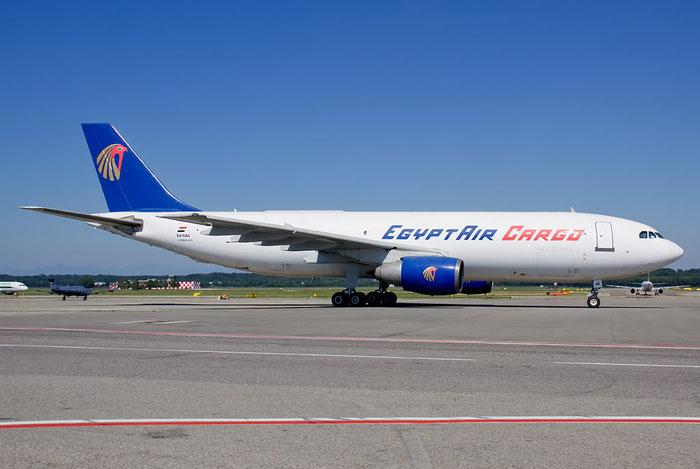 SU-GAC A300B4-203F 255 EgyptAir Cargo @ Milano Malpensa Airport 26.06.2011 © Piti Spotter Club Verona