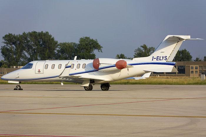 I-ELYS Learjet 40 45-2016 Eurofly Service @ Treviso Airport 05.07.2012 © Piti Spotter Club Verona