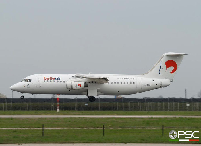 LZ-HBF BAe146-300 E3159 Belle Air @ Aeroporto di Verona 01.04.2007  © Piti Spotter Club Verona