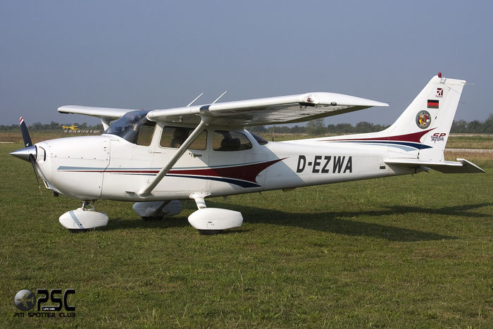 D-EZWA Cessna 172S C172 @ Aeroporto Verona Boscomantico © Piti Spotter Club Verona