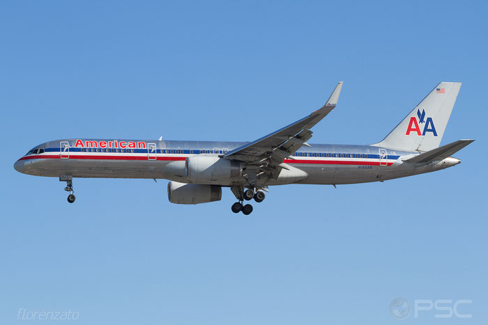 N199AN B757-223 32393/991 American Airlines @ London Heathrow Airport 2010 © Piti Spotter Club Verona