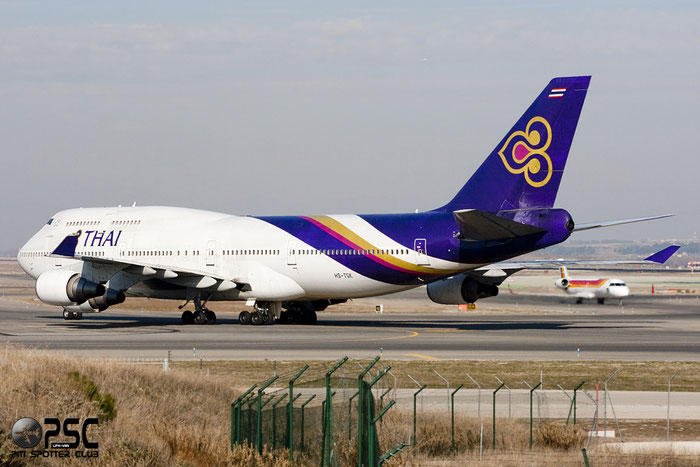 HS-TGK B747-4D7 24993/833 Thai Airways International @ Madrid Airport 01.2012 © Piti Spotter Club Verona
