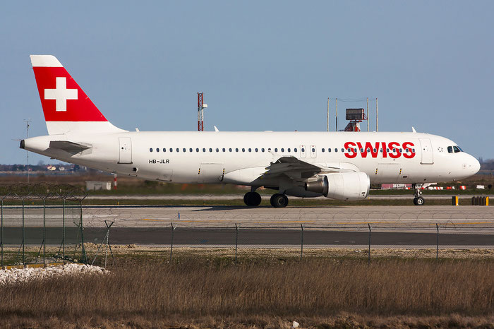 HB-JLR A320-214 5037 Swiss International Air Lines @ Venezia Airport 22.03.2013 © Piti Spotter Club Verona