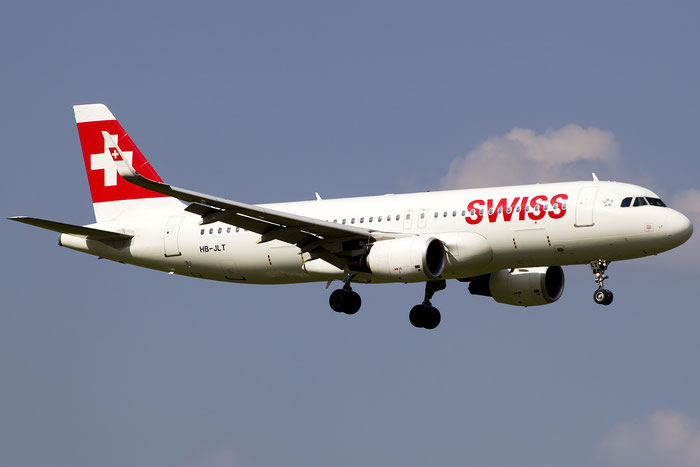 HB-JLT A320-214 5518 Swiss International Air Lines @ Zurich Airport 05.2016 © Piti Spotter Club Verona