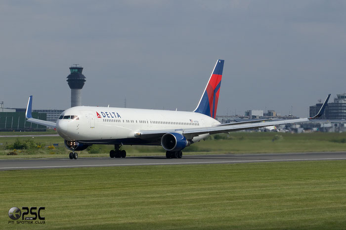 N197DN B767-332ER 28454/683 Delta Air Lines @ Manchester Airport 13.05.2014 © Piti Spotter Club Verona
