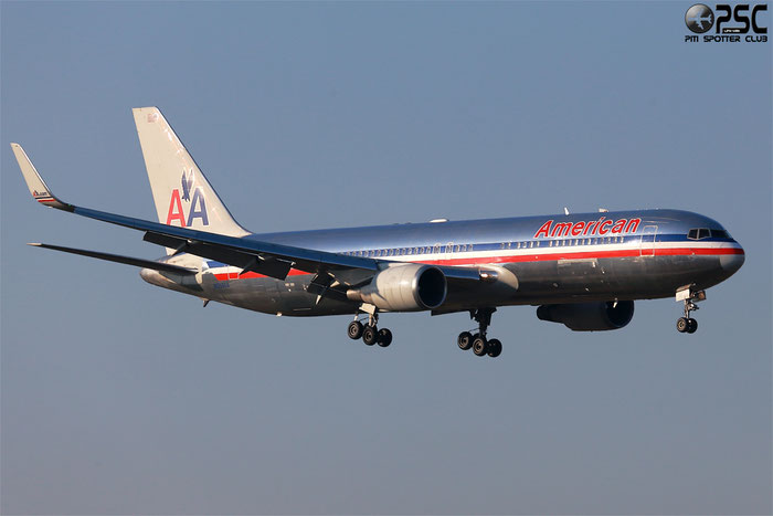 N352AA B767-323ER 24033/205 American Airlines @ Milano Malpensa Airport 24.02.2014 © Piti Spotter Club Verona