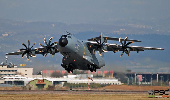54+19   A400M  071  LTG62 © Piti Spotter Club Verona @ Aeroporto di Verona   © Piti Spotter Club Verona