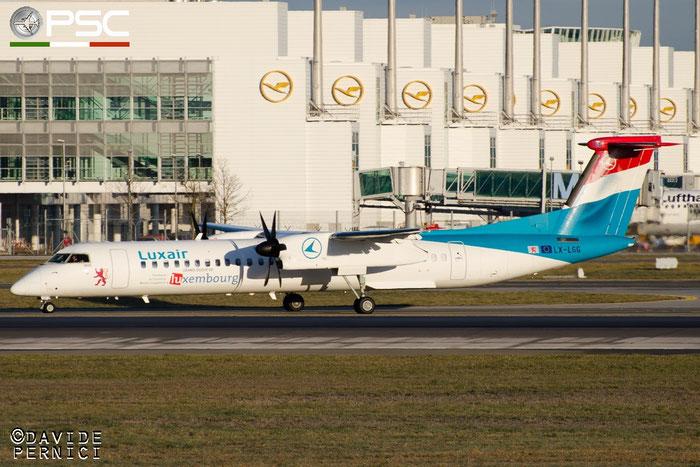 LX-LGG DHC-8-402 4418 Luxair @ Munchen Airport 13.12.2015 © Piti Spotter Club Verona