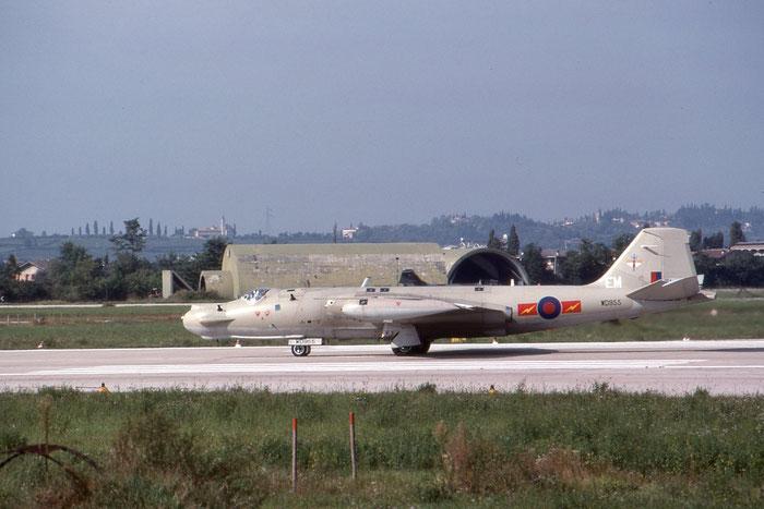 WD955  EM  Canberra T17A  71037 @ Aeroporto di Verona   © Piti Spotter Club Verona