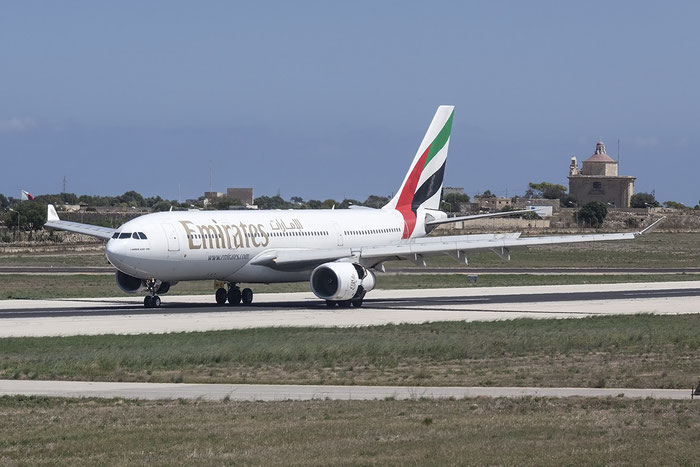 A6-EKU A330-243 295 Emirates @ Malta Airport 08.2015 © Piti Spotter Club Verona