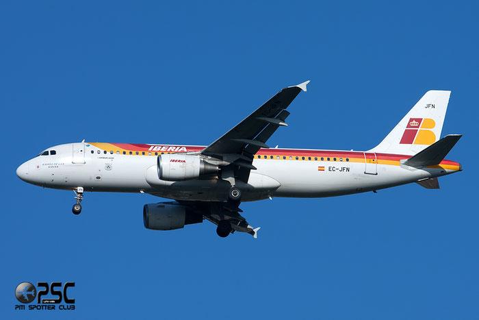 EC-JFN A320-214 2391 Iberia Líneas Aéreas de España @ Milano Malpensa Airport 06.04.2014 © Piti Spotter Club Verona