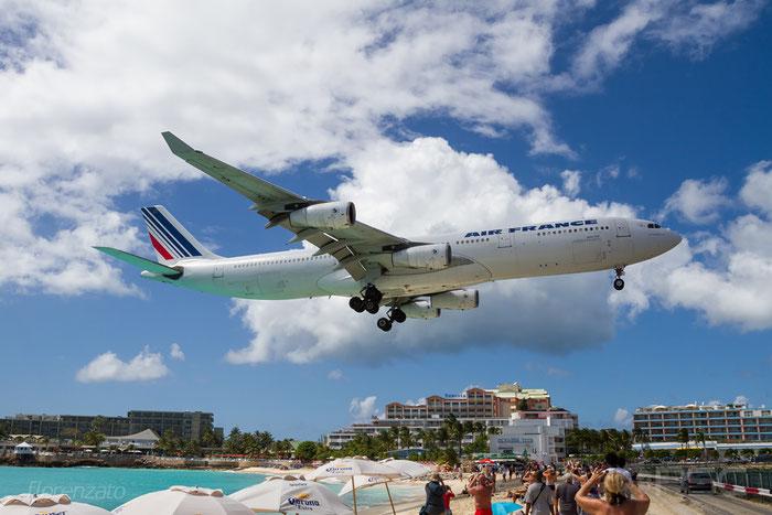 F-GLZU A340-313X 377 Air France @ Sint Maarten Airport 09.04.2016 © Piti Spotter Club Verona