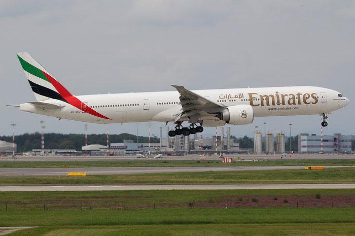 A6-EGJ B777-31HER 38989/978 Emirates @ Milano Malpensa Airport 31.08.2014 © Piti Spotter Club Verona