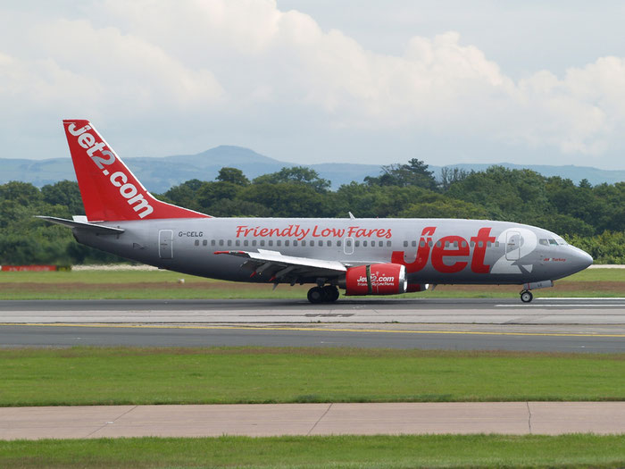 G-CELG B737-377 24303/1620 Jet2 @ Manchester Airport 20.07.2012  © Piti Spotter Club Verona