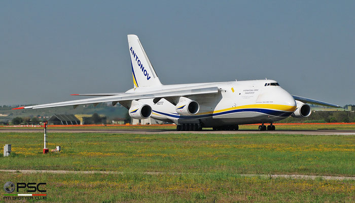 UR-82072 9773053359136 An-124-100 Antonov Des. Bur. @ Aeroporto di Verona 04.2019  © Piti Spotter Club Verona