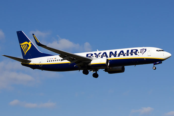EI-DLW B737-8AS 33599/2078 Ryanair @ Bologna Airport 16.02.2016 © Piti Spotter Club Verona