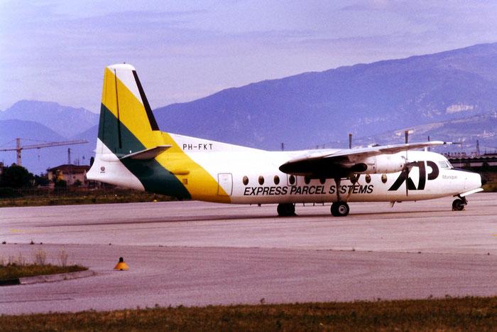 PH-FKT F27-600 10323 XP Airlines - Express Parcel Systems @ Aeroporto di Verona © Piti Spotter Club Verona