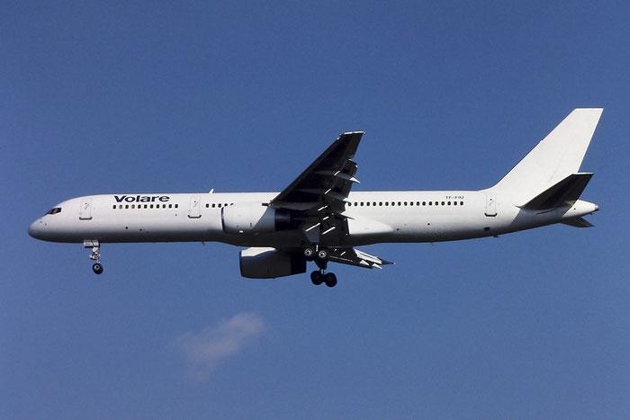 TF-FIU  B757-256  26243/603  Volare Airlines  @ Aeroporto di Verona © Piti Spotter Club Verona