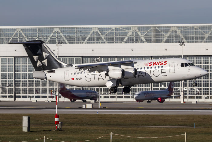 HB-IYV BAe146-RJ100 E3377 Swiss Global Air Lines @ Munich Airport 28.12.2015 © Piti Spotter Club Verona