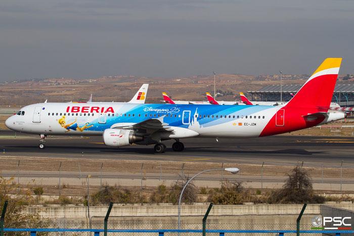 EC-JZM A321-212 2996 Iberia Líneas Aéreas de España @ Madrid Airport 23.11.2017 © Piti Spotter Club Verona