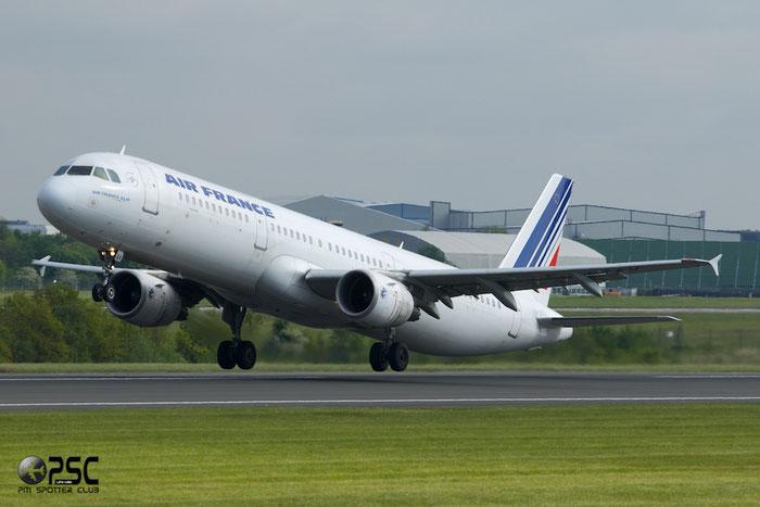 F-GTAV A321-211 3884 Air France @ Manchester Airport 13.05.2014 © Piti Spotter Club Verona