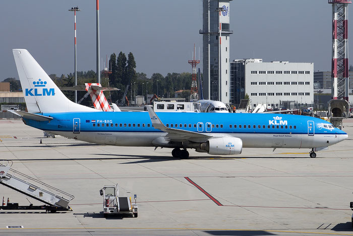 PH-BXG B737-8K2 30357/605 KLM Royal Dutch Airlines @ Venice Airport - 24.09.2014  © Piti Spotter Club Verona