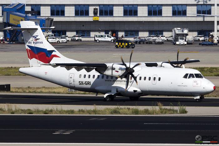 SX-GRI  ATR42-500  534  Sky Express  @ Athens 2019 © Piti Spotter Club Verona
