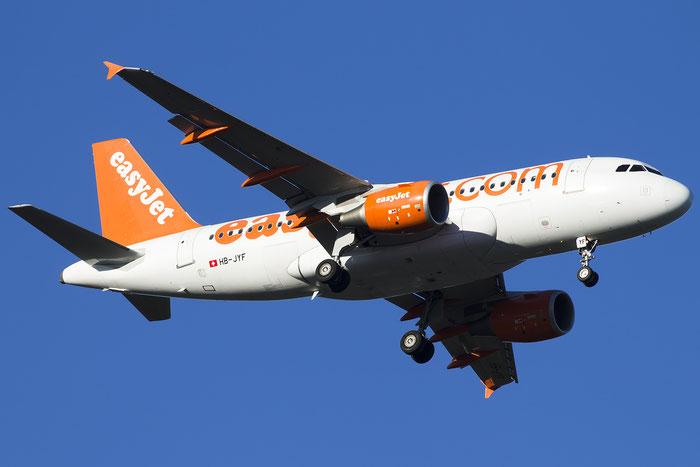 HB-JYF A319-111 4778 EasyJet Switzerland @ Basel Airport 09.2015 © Piti Spotter Club Verona