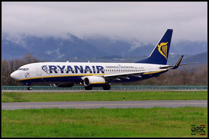 EI-EFO B737-8AS 37539/2978 Ryanair @ Bergamo Airport 07.12.2014 © Piti Spotter Club Verona