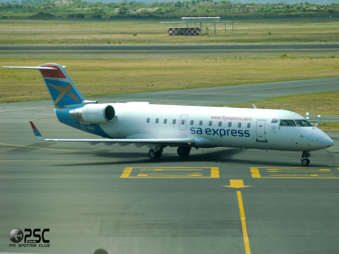 ZS-NMI CRJ200ER 7153 SA Express @ Cape Town Airport 22.03.2014 © Piti Spotter Club Verona