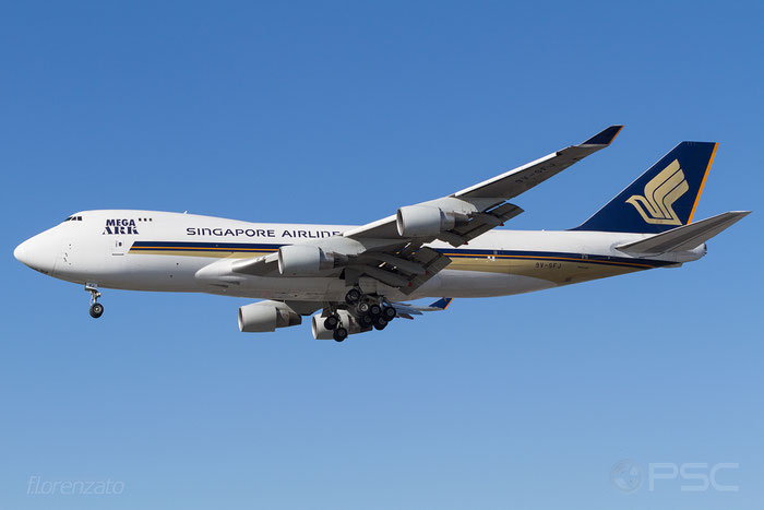 9V-SFJ B747-412F 26559/1285 Singapore Airlines Cargo @ London Heathrow Airport 2010 © Piti Spotter Club Verona