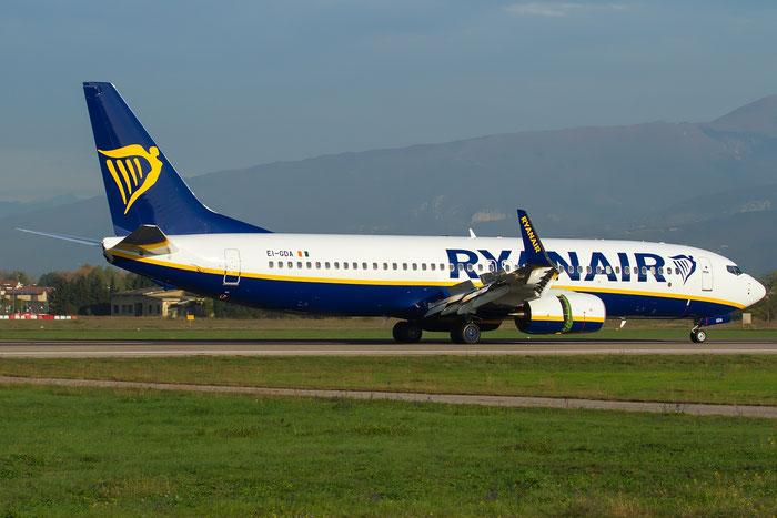 EI-GDA B737-800 44797/6597 Ryanair @ Aeroporto di Verona 28.10.2017  © Piti Spotter Club Verona