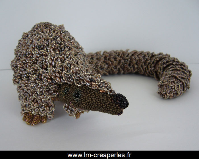Sculpture Pangolin perles