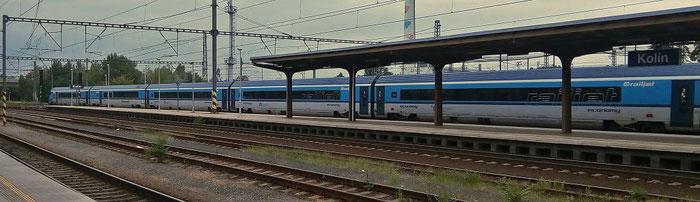 """Railjet RJ 74 """"Franz Schubert"""" von Graz nach Prag."""