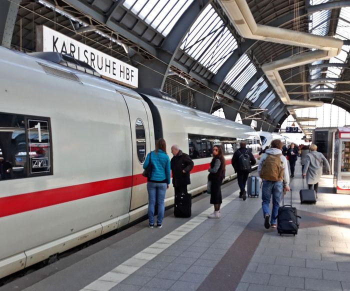 Die Hoffnung: ein letztes Mal überforderte deutsche Reisende erleben
