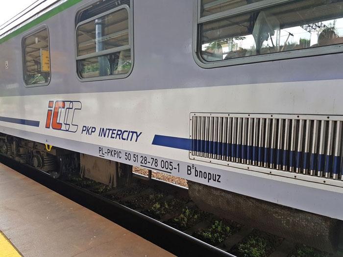 Modernisierter Schnellzugwagen von PKP IC