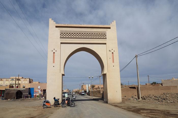 Shoppingtour im Wüstennest Merzouga / Sahara