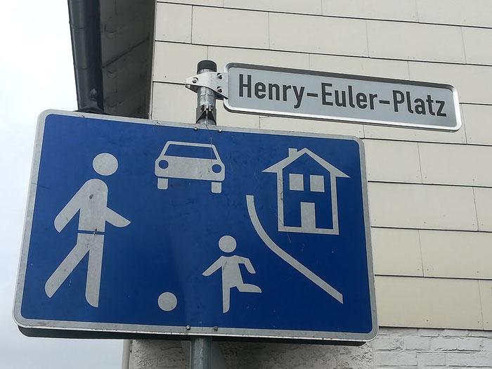 Der Henry-Euler-Platz in Lauterbach, eingeweiht im September 2019. Danke, liebe Lauterbacherinnen & Lauterbacher!