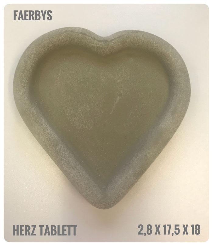 #gussform Herz #beton #herz #sterntablett #concrete art #betondesign #tablett #untersetzer #gießformen #betongussform #betontablett