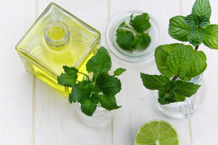 Kräuter und ätherische Öle