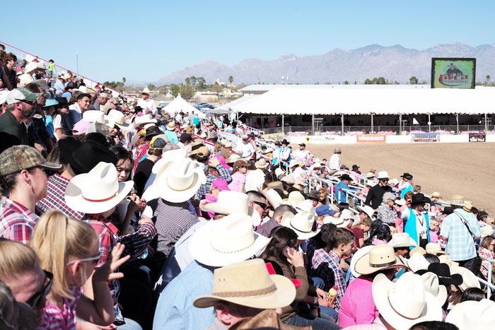In Arizona kommen die Jungs anscheinend schon mit Hut aus dem Mutterleib.