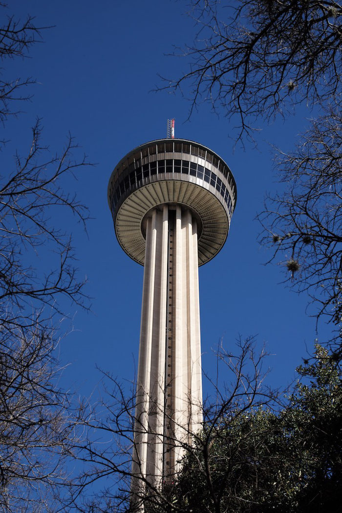 The Tower of the Americas - immerhin 750 Fuß (= 228 Meter) hoch