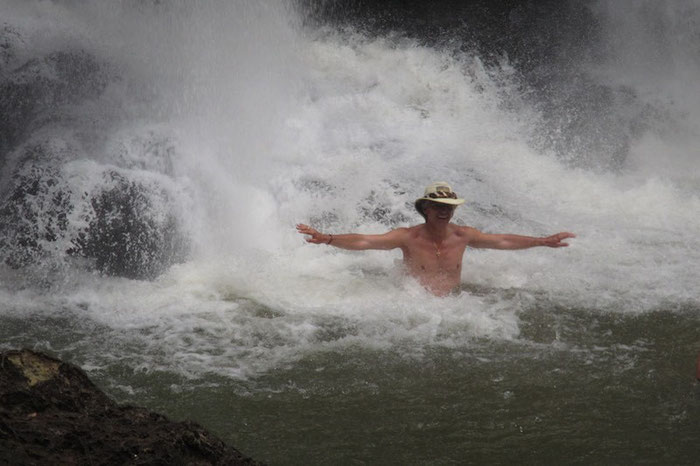 Baden in den Iguazu-Falls - eine Wohltat bei den Temperaturen !