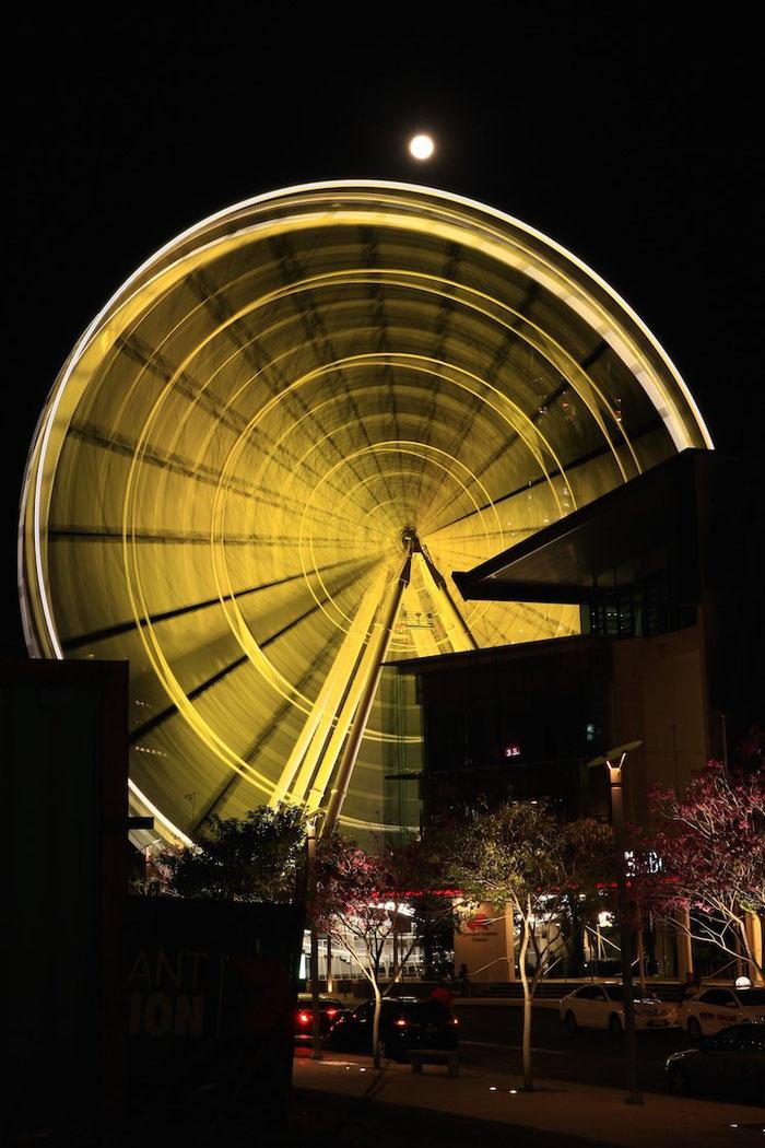 Das Riesenrad und der Vollmond