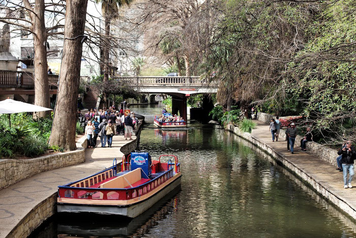 Am San Antonio River