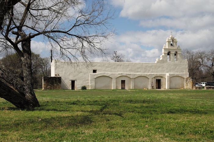 ......der Mission San Juan Capistrano und.....