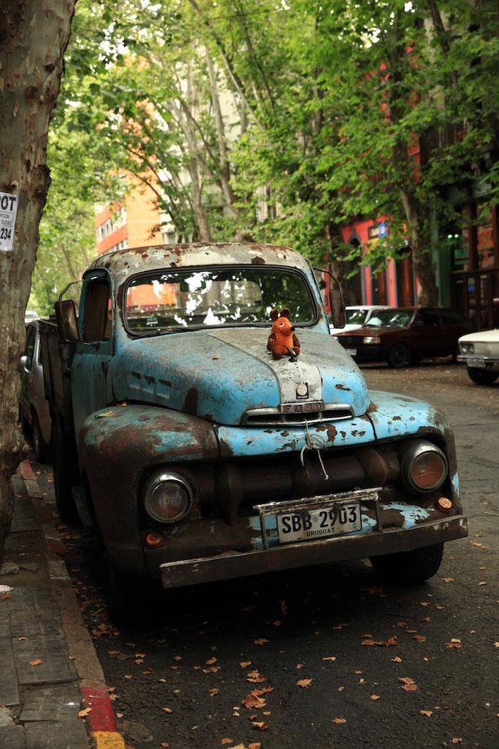 """Die etwas andere """"Emily"""" - aber es ist ja auch kein Rolls-Royce, der in den Straßen von Montevideo parkt."""