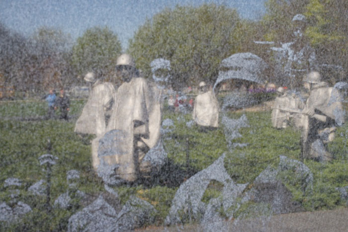 Spiegelung am Denkmal für den Korea-Krieg