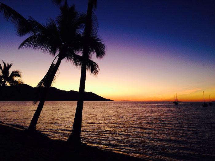 Kitschig schöner Sonnenuntergang über der Horseshoe Bay